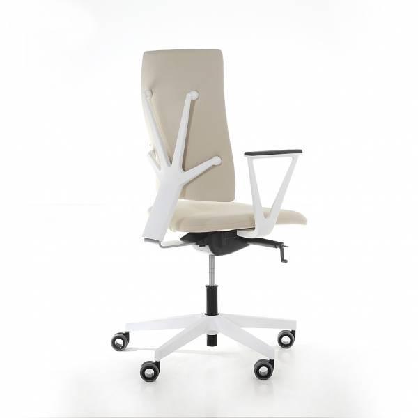 BM83532_Design_Drehstuhl_Lugo_White_Edition_01