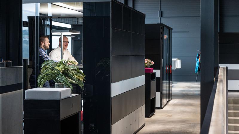 New Work Arbeitsbereich Deskspace mit Raumsystem MasterPod®