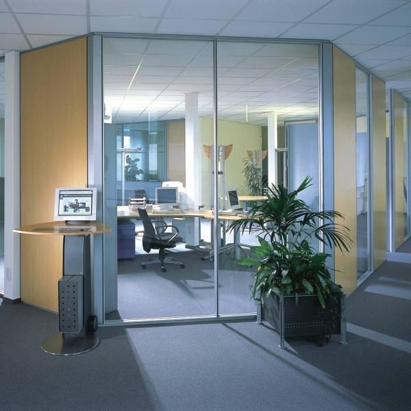 Glastrennwand-Doppelverglasung-10m-01.jpg