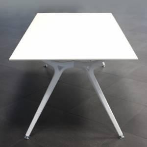BM81342/Design Konferenztisch Arkitek-02.jpg